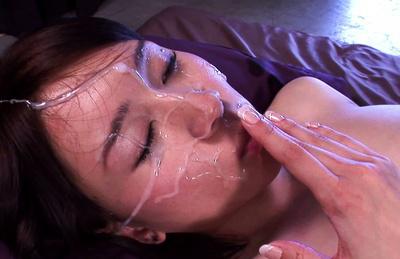 Yuzuka kinoshita. Yuzuka Kinoshita sprayed with cumshot all over