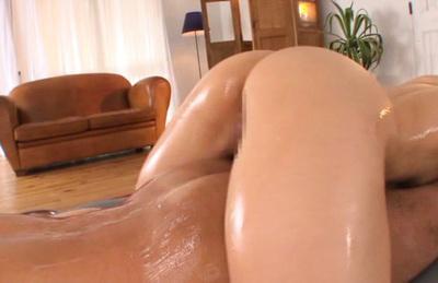 Yuki kami. Lascivious Yuki Kami shows hot butthole and a horny