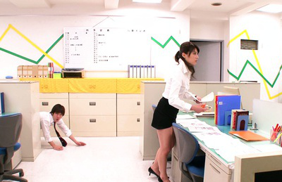 Mei asou. Mei dressed exciting in the office lifts her skirt
