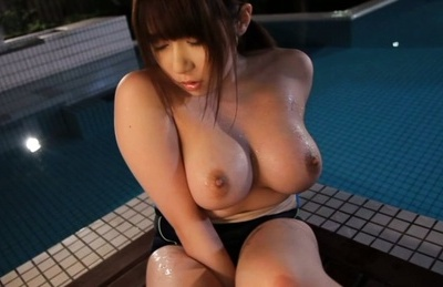 Yuumi nagasaku. Yuumi Nagasaku Asian touches huge boobs and