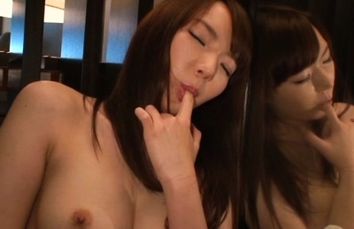 Aina makihara. Aina Makihara Asian fondles cans and rubs crack