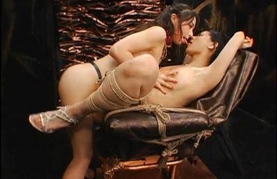 Maria ozawa kissing and stripping simply